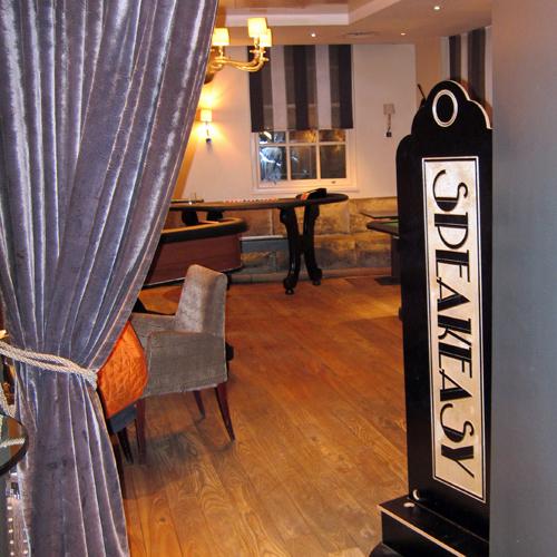 Speakeasy casino theme