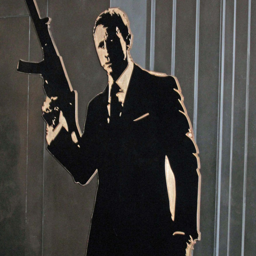 007 Bond prop
